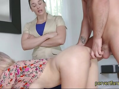 Mom wants daughter to eat sons asshole and feel sorry him cum