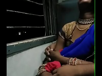 smooching a quiescent bhabhi relative to train