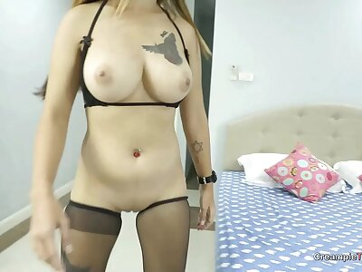 Uncensored 4K creampie with beamy tit Thai girl